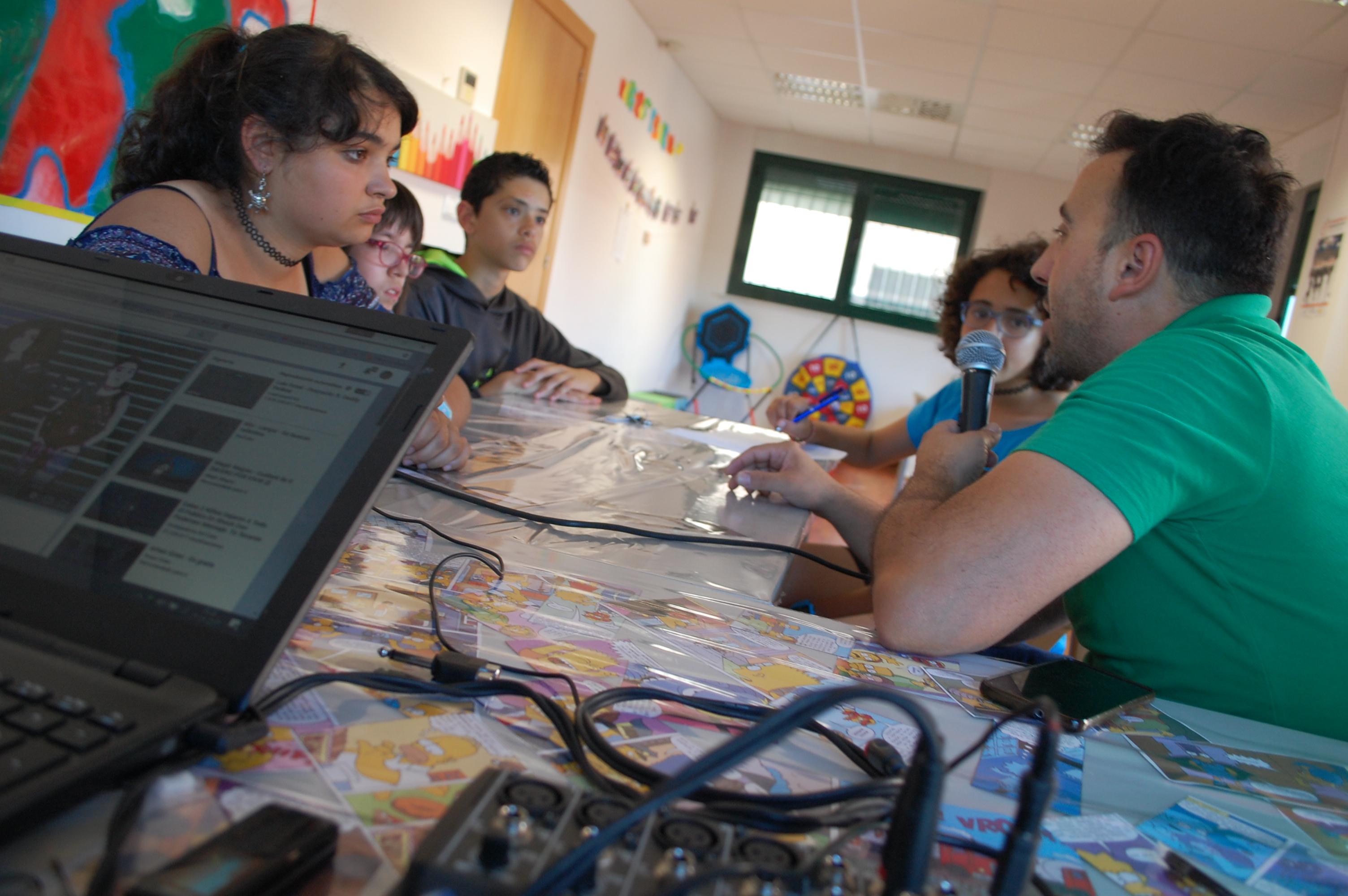 Entrevista a Pipe. Intérprete en Lengua de Signos