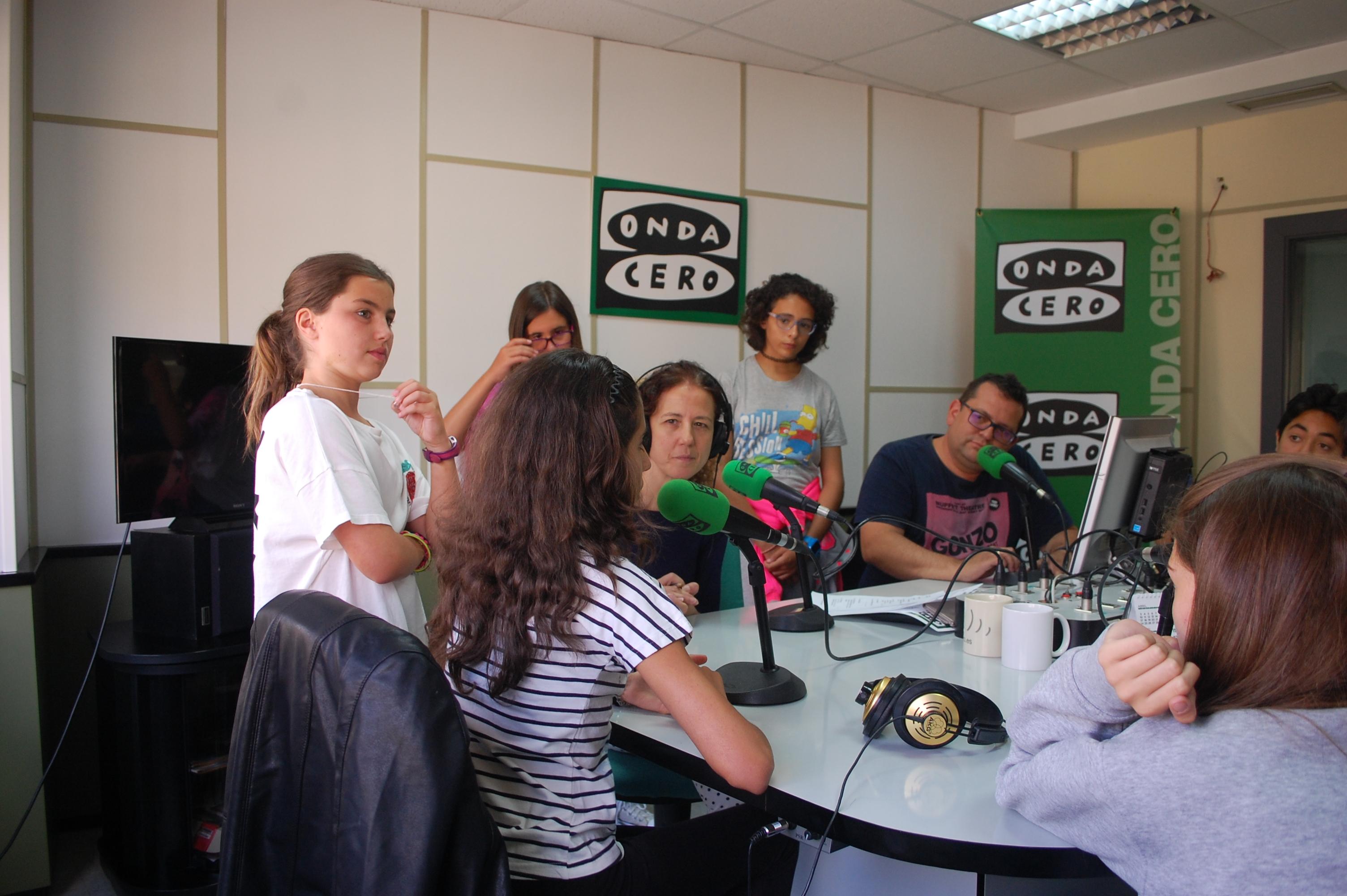 Taller de radio en Onda Cero Salamanca en Cibecarba en verano