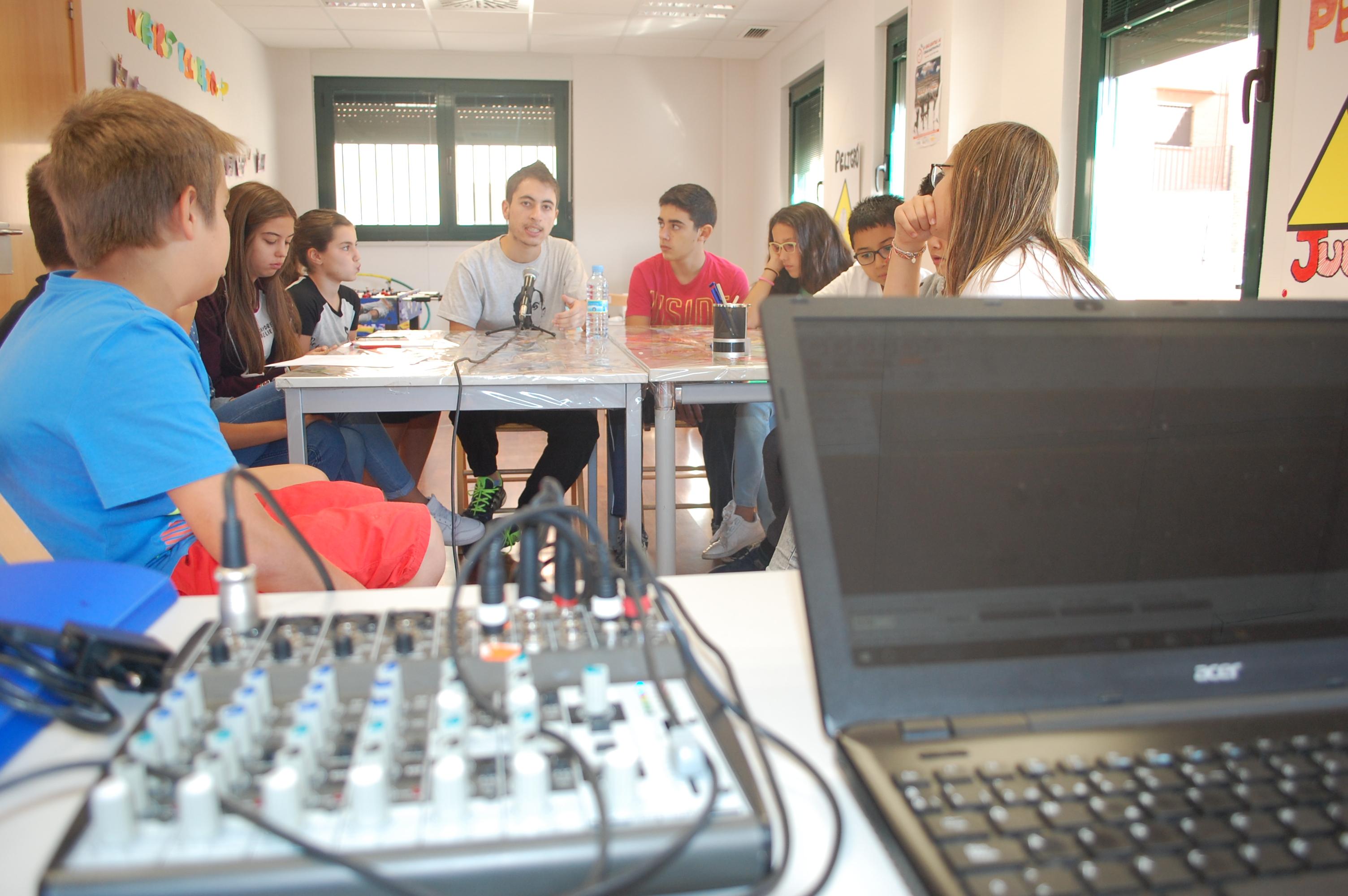 En Cibervoz: La Experiencia de Néstor Prieto con refugiados, en Grecia y Melilla