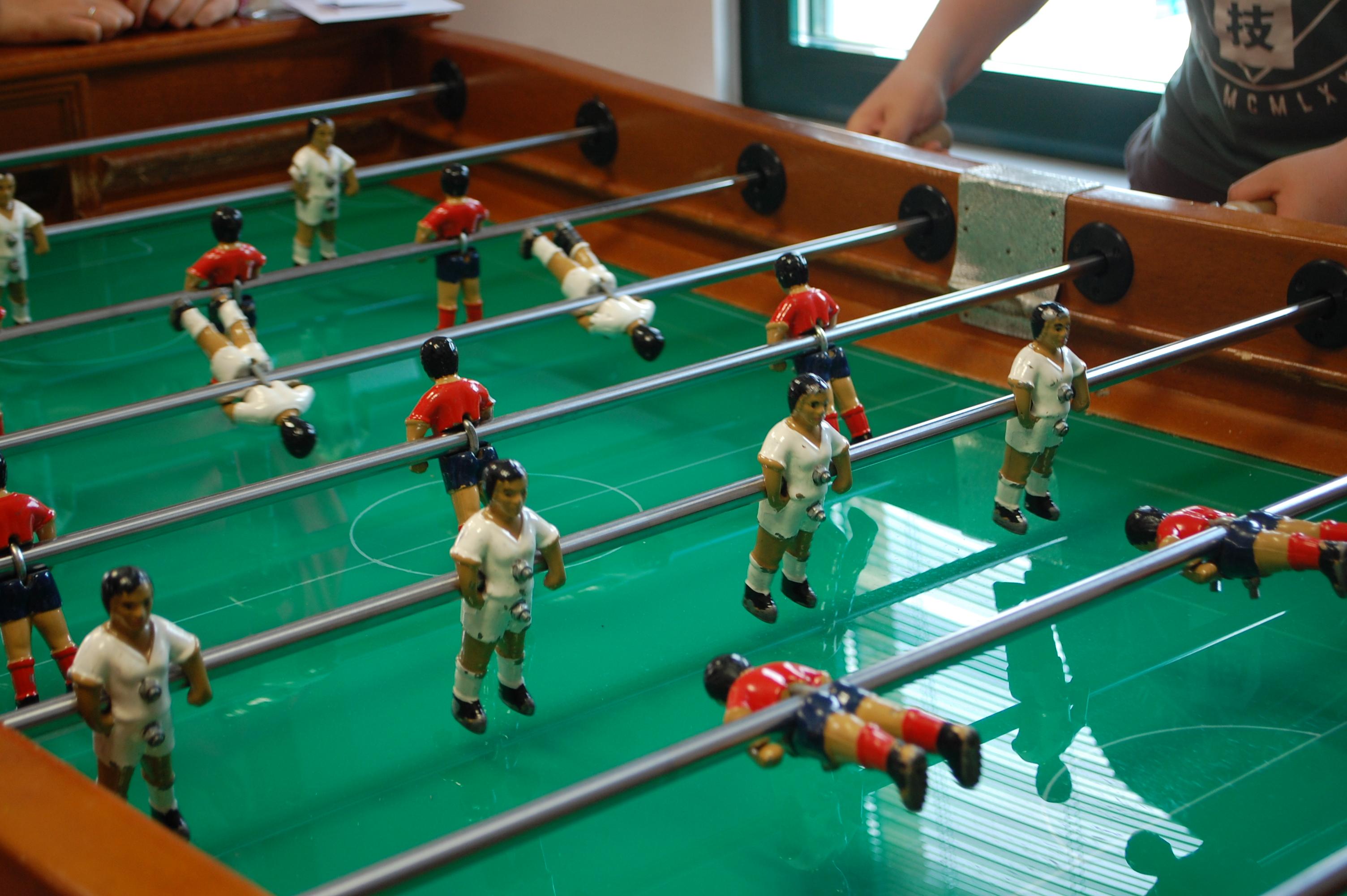 Organizamos un Campeonato de Futbolín y Pin-pon 11 de mayo