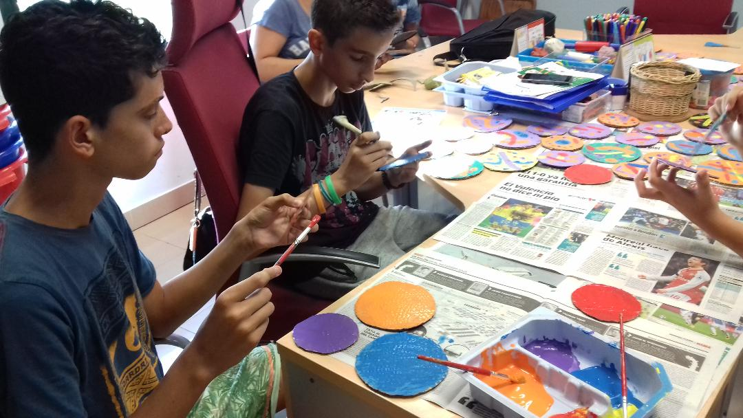 """Apoyando el proyecto """"Punto y Seguido """" de ASPAR la Besana"""