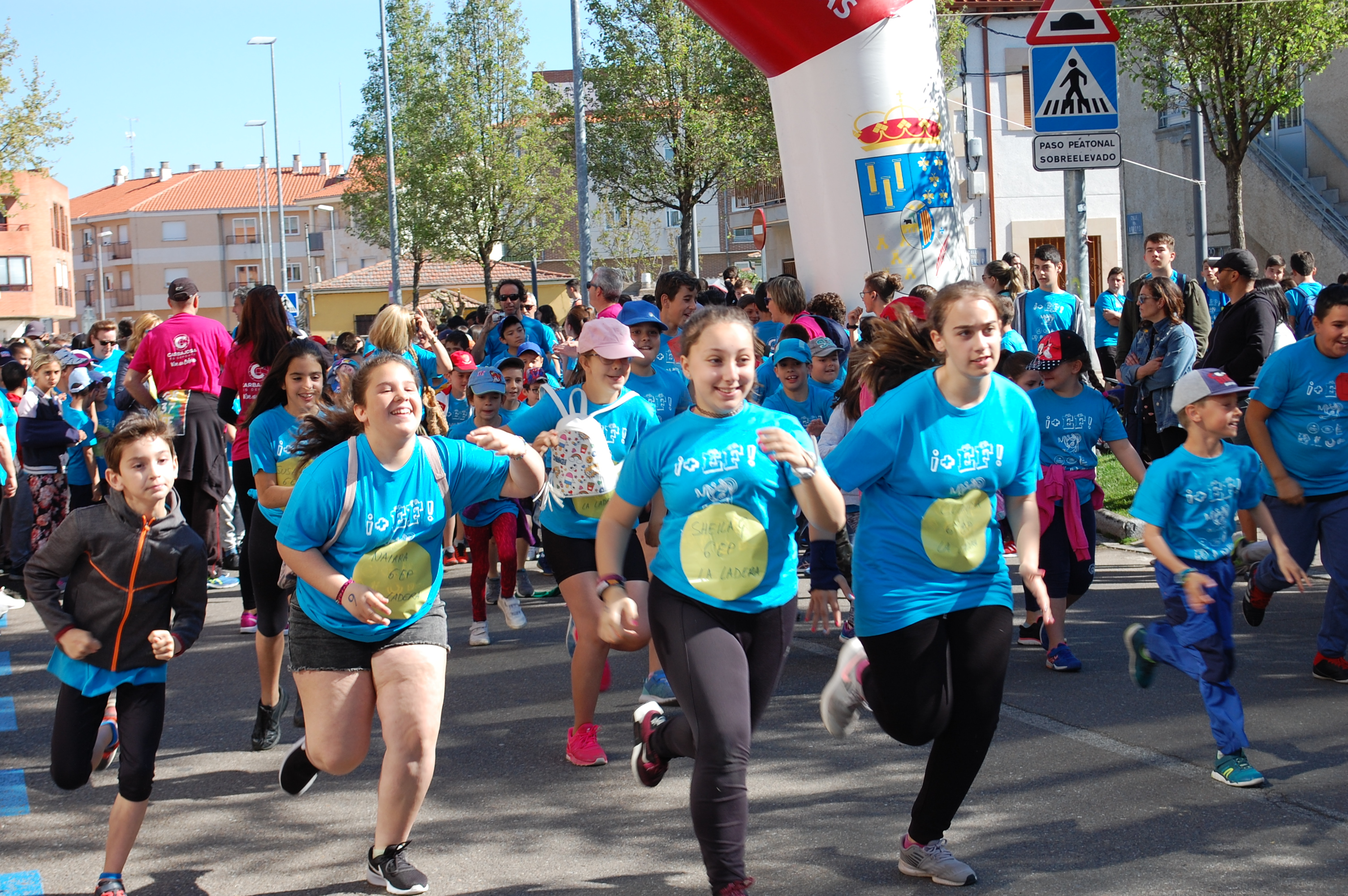 III Día de Educación  Física en la Calle en Carbajosa